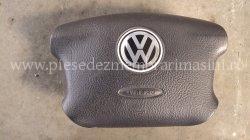 Airbag volan VOLKSWAGEN Passat | images/piese/187_dsc01097_m.jpg