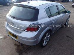 Polita portbagaj Opel Astra H | images/piese/350_32024853-99379904-78472776_m.jpg