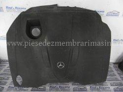 Capac motor Mercedes C 220 | images/piese/381_p1000762_m.jpg