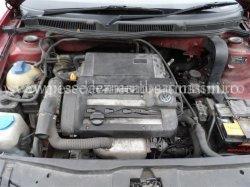 Injector  benzina Volkswagen Golf 4 | images/piese/849_293_00139537_0082_800_00681205_139537_10_b_m.jpg